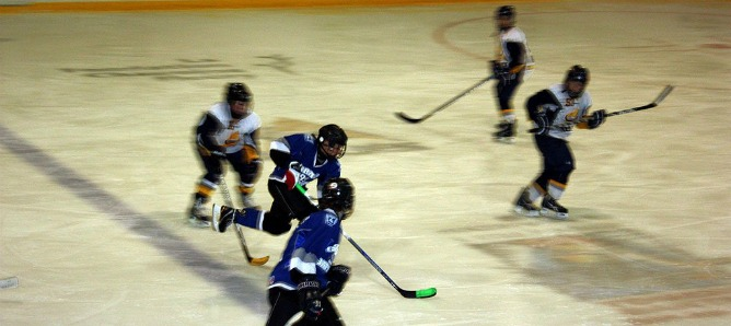 While most practices are held on roller skates, the Israeli junior ice-hockey team has won an international championship two years in a row.