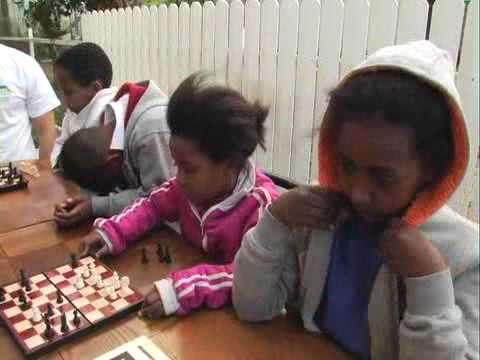 Chess club brings hope to Ramle's children [VIDEO]