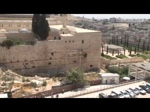 Seeing Jerusalem from the rooftops [video]