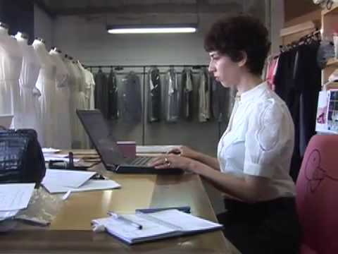 Israel fashion designer looks to social networking