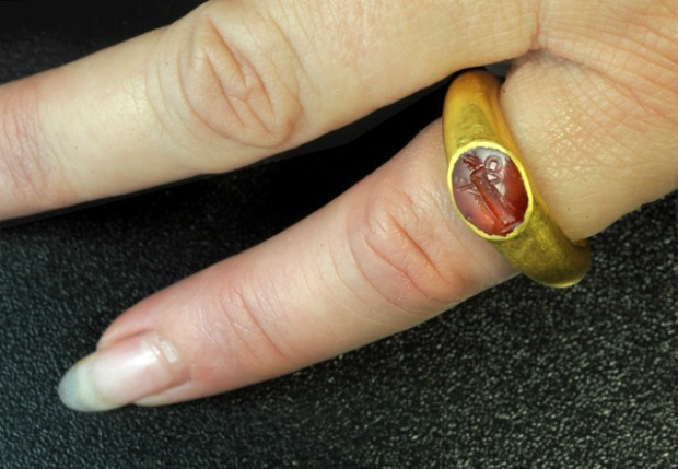 The ring: photograph – Clara Amit, courtesy of the Israel Antiquities Authority.