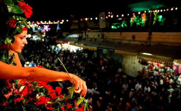 Balabasta lights up the Jerusalem market every Monday in August. Photo by Snir Kazir