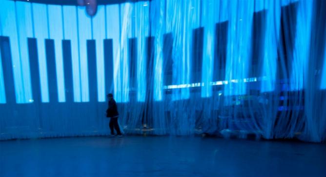 "Ron Arad's ""Curtain Call."" Photo by Asa Bruno"