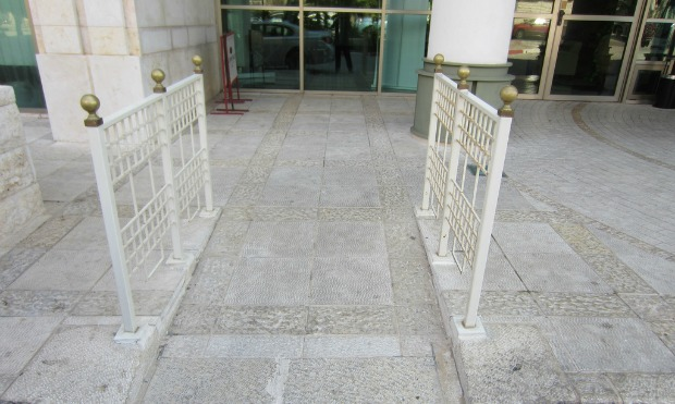 The main entrance of the Haifa Crowne Plaza has a ramp for easy wheelchair access.