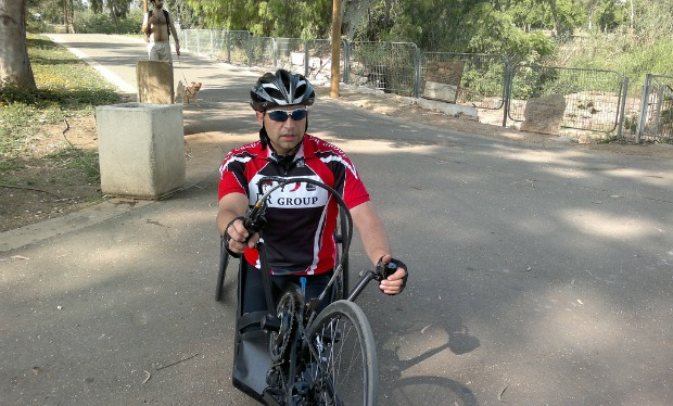 Gruberg training at Tel Aviv's Ganei Yehoshua Park. Photo by Abigail Klein Leichman