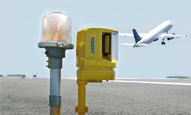 XSight's FODetector at work on the runway.