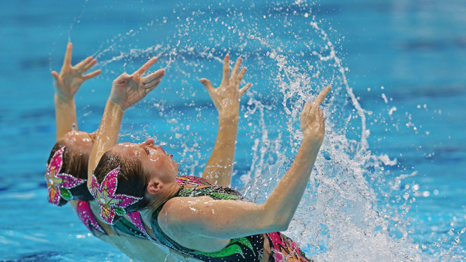 Israel duo Anastasia Gloushkov and Inna Yoffe compete in the synchronised swimming event in London.