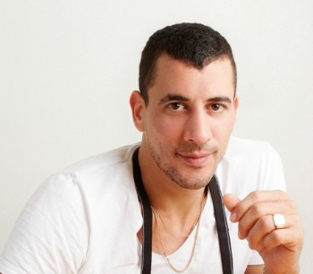 With no formal training, Aviv Moshe built one of Israel's most famed restaurants.