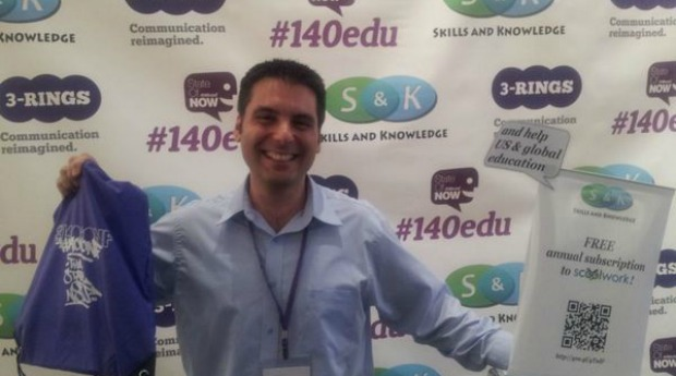 Shahar Tal promoting sCoolWork at New York's #140edu event.