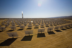 BrightSource will use funding to build solar thermal power plants in India and Australia.