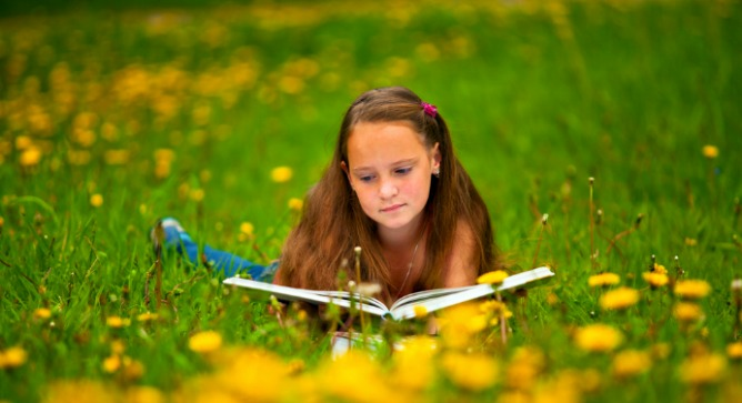 As they gain reading skills, children's brain connections change. Image via Shutterstock.com