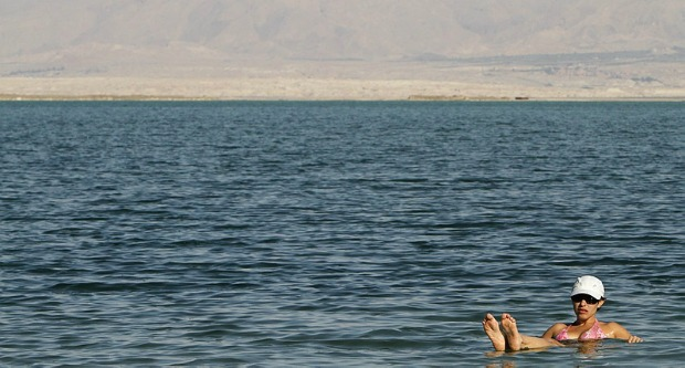 A dip in the Dead Sea could be a way to lower blood sugar levels. Photo by Flash90.