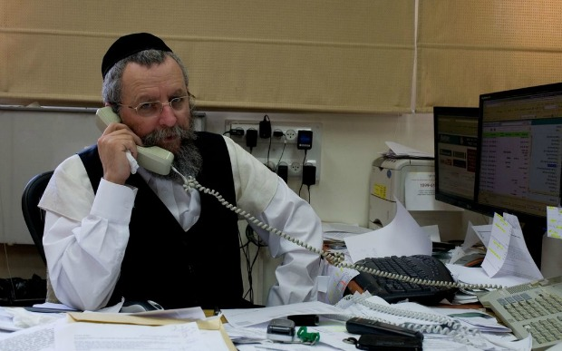Israel Prize laureate Rabbi Avraham Elimelech Firer, founder of Ezra Le'Marpeh.
