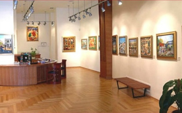 Inside the GINA gallery.