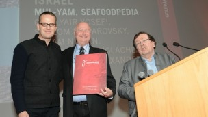 'Seafoodpedia' culinary guide wins Best in the World at the Gourmand World Cookbook Awards.