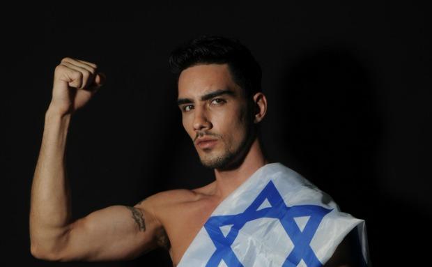 World champ Ilya Ganot proudly displays the Israeli flag.