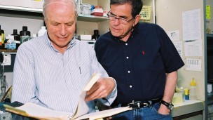 Professor Avraham Hershko (left) and Prof. Aharon Ciechanover in the lab.