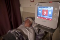 EarlySense sensor pad under the mattress monitors respiratory rate without wires and with no discomfort or restrictions on the patient's freedom of movement.