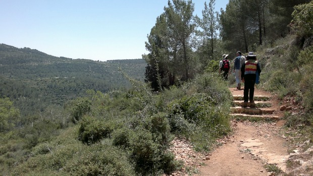 Hiking at Sataf with Eco Israel Tours. Photo by Abigail Klein Leichman