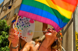 Elyssa-Frank-TLV-Gay-Pride-Parade-2013_268x178