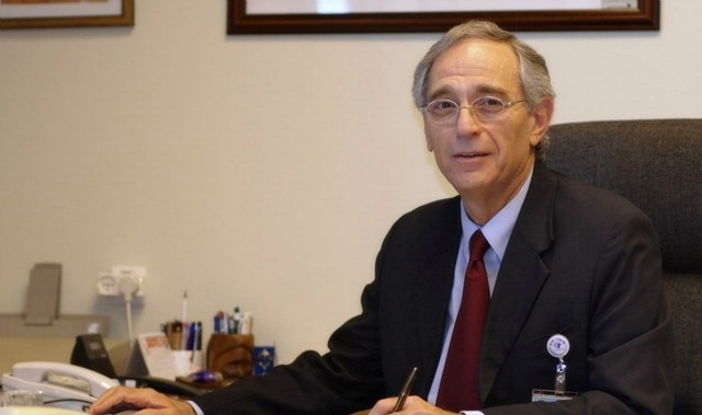 Dr. Oscar Embon, director of Ziv Medical Center.