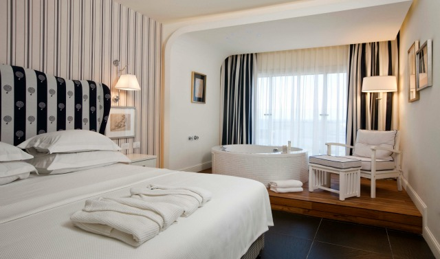 A guest room at Shalom & Relax Hotel