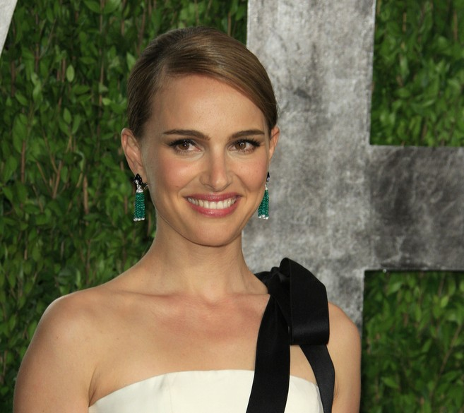 Natalie Portman heard from friends about the Israeli aid effort and wanted to get involved. (Shutterstock)
