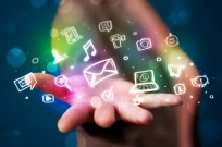 Israeli apps are revolutionizing the way we socialize and network. Photo via Shutterstock.com