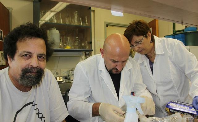PhDs Aaron Avivi, left, Imad Shams and Irena Manov. Photo by Michael Margulis, Institute of Evolution, University of Haifa