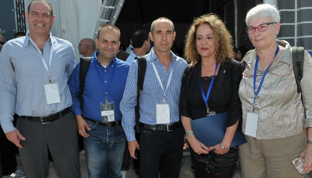 At the launch of JVP Cyber Labs, from left, partners Nimrod Kozlovsky and Yoav Tzruya; JVP General Partner Gadi Tirosh; Dr. Rivka Carmi, president of Ben-Gurion University; and Orna Berry, VP and general manager of the EMC Center of Excellence in Israel.