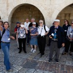 ISRAEL21c's Journey to Israel participants visiting Jerusalem. (Ariel Jerozolimski for ISRAEL21c)