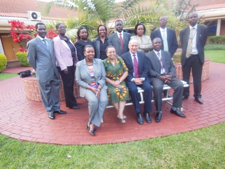 Kenyan bank trainees in Israel.