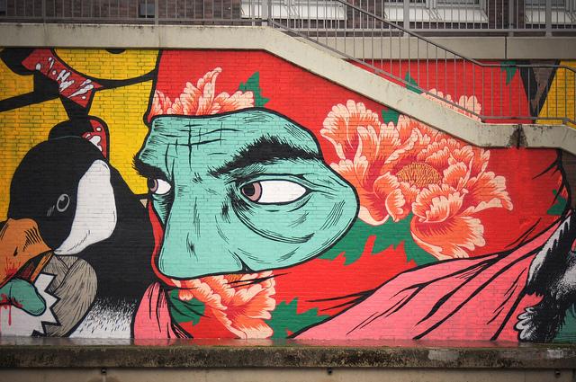 A sample of Broken Fingaz street art.