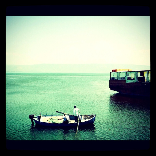 pic_of_week_fisherman_in_tiberias