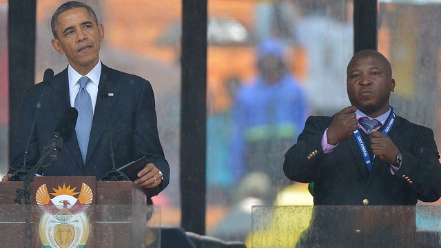 "Jantjie ""interpreting"" for President Obama at Mandela's funeral. https"