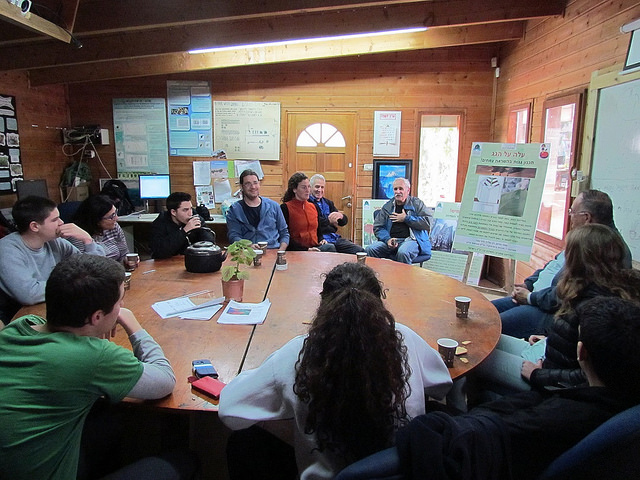 Biomimicry workshop at the Greenhouse.
