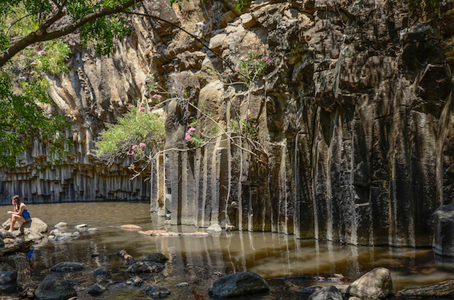 pic_of_week,_golan_waterfall_f90