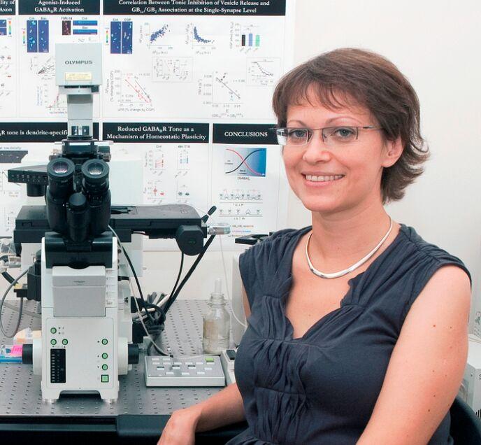 Inna Slutsky in her Tel Aviv University lab.