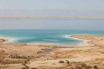 The Dead Sea shore. Image via www.shutterstock.com