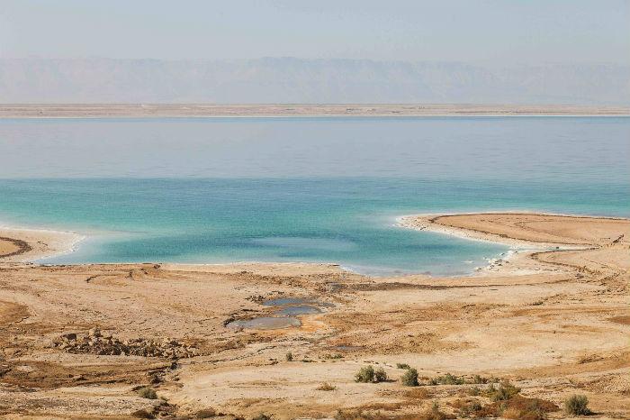 The Dead Sea shore. Image via www.shutterstock.com