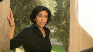 Scientist Yifat Miller at Ben-Gurion University in Beersheva. Photo by Dani Machlis/BGU
