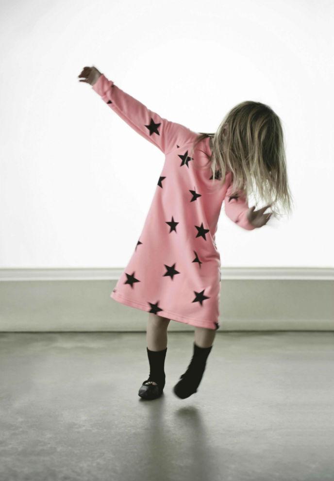 Star dress photo by Max Hochstein.