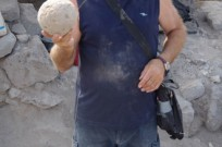 A ballista ball that fit a massive catapult. (Dr. Michael Eisenberg/University of Haifa)