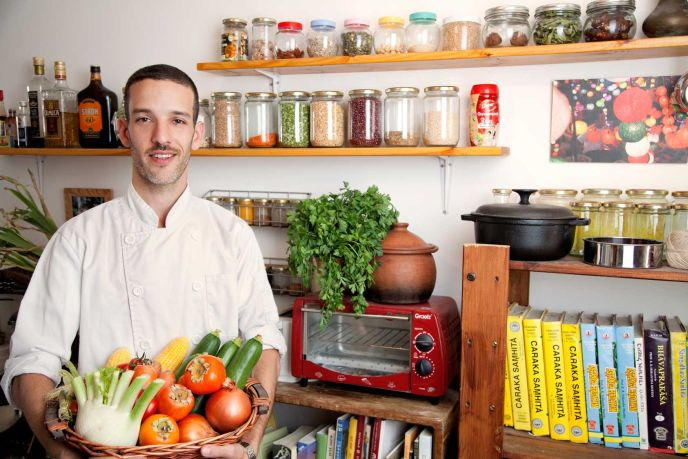 Aroundish chef Gavriel Flyshman. Photo by Hadas Peretz