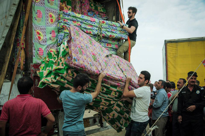 Mattresses for 1,000 refugees. (IsraAID)
