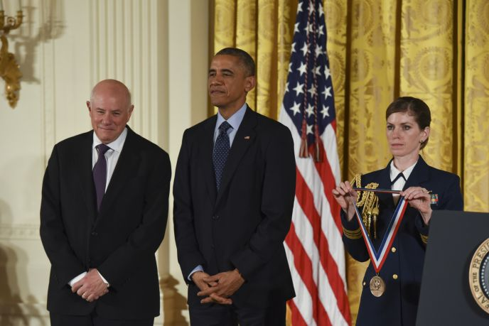 At a White House ceremony on November 20, 2014, President Obama honors Eli Harari with the National Medal of Technology and Innovation. Photo by Ryan K. Morris