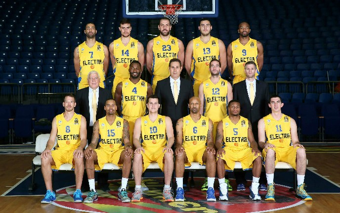 Maccabi Electra Tel Aviv 2014-15 (Landesberg is No. 15). Photo credit  Maccabi  Tel Aviv BC. f6b2a84c8