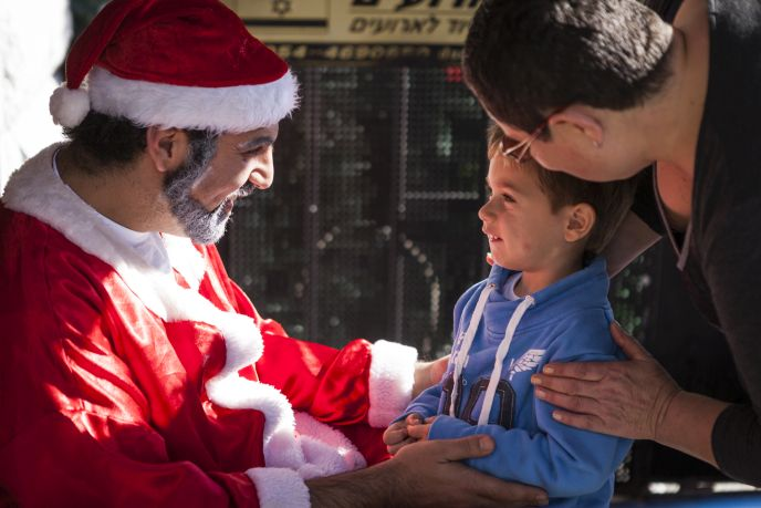 Santa Claus comes all the way to Nazareth. Photo by Itay Cohen/FLASH90