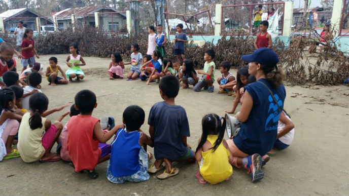 Israeli-based humanitarian aid agency provides psychological and social support activities to more than 150 children in Barangay Rawis and Camantang. (IsraAID)