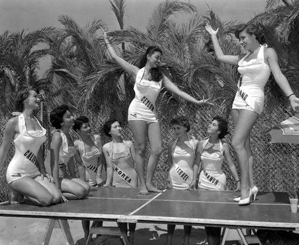 Miss Israel+Miss Lebanon_1955